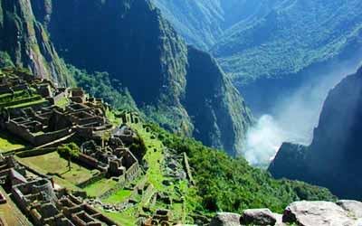 Вид на горы в Мачу Пикчу