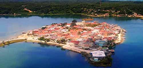 город Флорес Гватемала