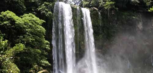 Водопад в Гватемале