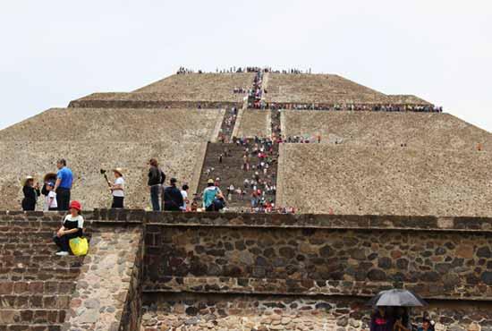 Теотиуакан пирамида Солнца