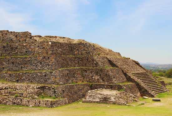 Тула де Альенде храм